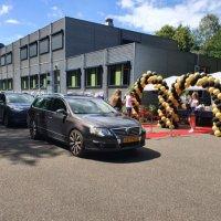 De Limburger schrijft over de Drive-in diploma-uitreiking van Eijkhagen
